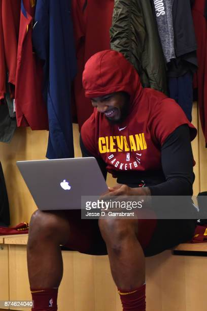 Jae Crowder of the Cleveland Cavaliers gets ready before the game against the New York Knicks at Madison Square Garden on November 13 2017 in New...