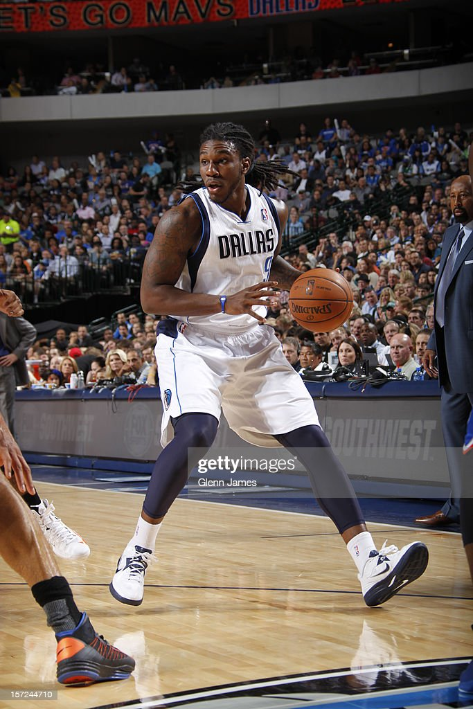 <a gi-track='captionPersonalityLinkClicked' href=/galleries/search?phrase=Jae+Crowder&family=editorial&specificpeople=7357507 ng-click='$event.stopPropagation()'>Jae Crowder</a> #9 of the Dallas Mavericks drives to the basket against the New York Knicks on November 21, 2012 at the American Airlines Center in Dallas, Texas.