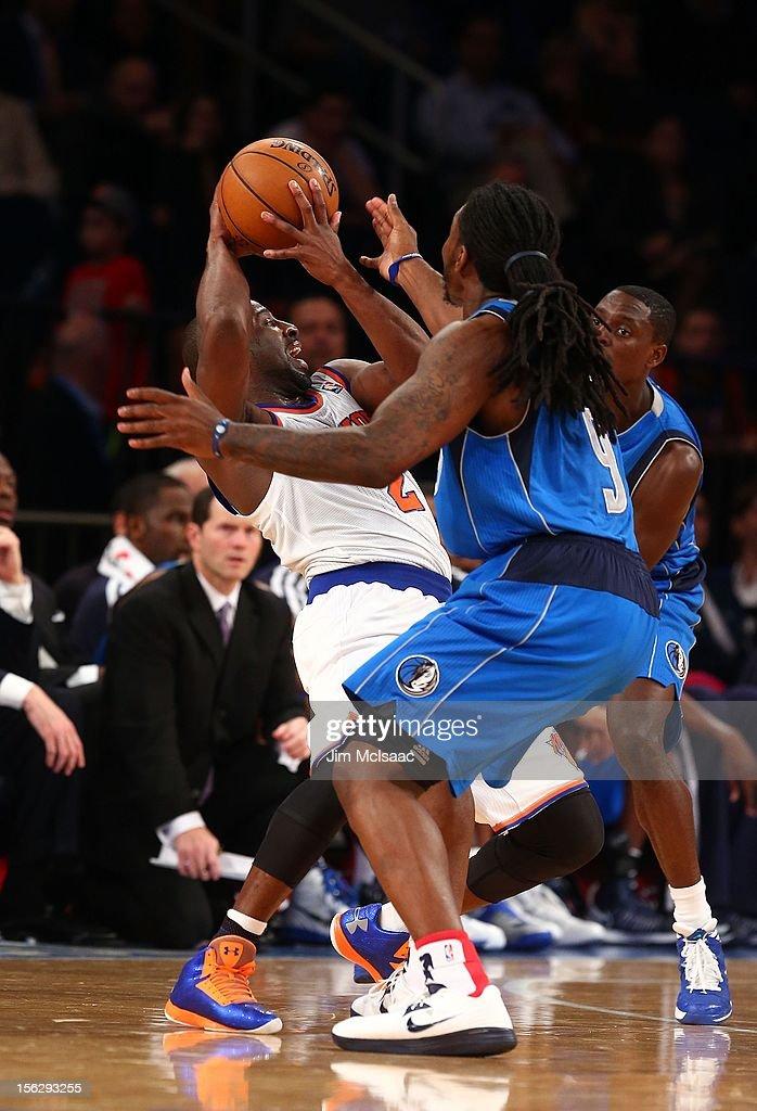 Jae Crowder #9 of the Dallas Mavericks in action against Raymond Felton #2 of the New York Knicks at Madison Square Garden on November 9, 2012 in New York City. The Knicks defeated the Mavericks 104-94.
