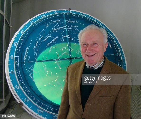 Jaehn Sigmund Cosmonaut Germany at the Zeiss planetarium in Berlin