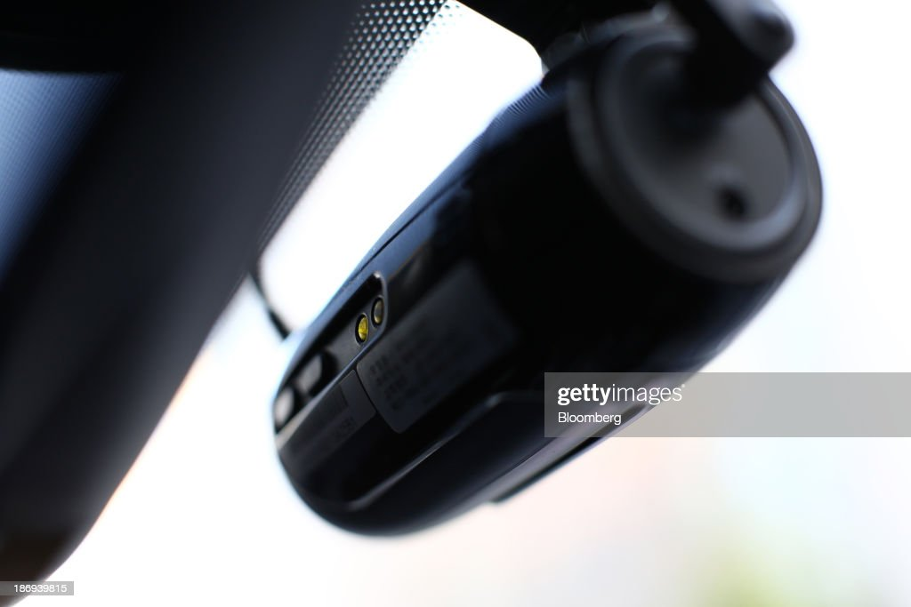 A JaewonCnc IRoad black box camera operates inside a vehicle in Incheon, South Korea, on Monday, Nov. 4, 2013. Black boxes for cars are devices that automatically record video and audio as well as time, location and speed. Photographer: SeongJoon Cho/Bloomberg via Getty Images