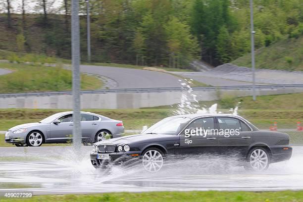 Jaguar XJ Ausrutschen