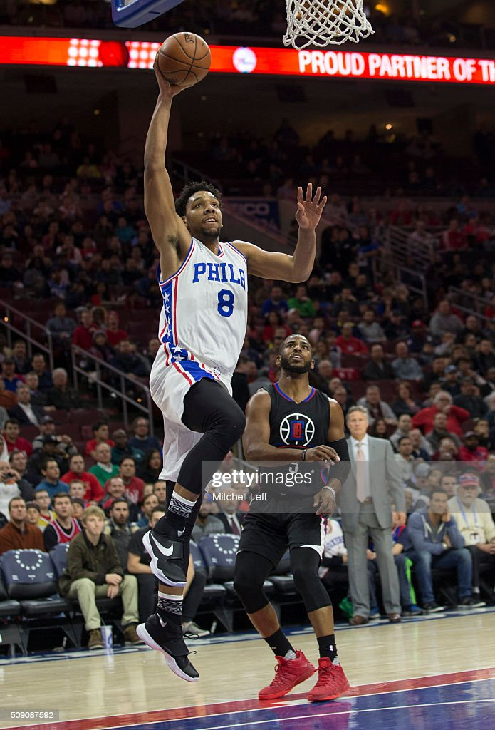 <a gi-track='captionPersonalityLinkClicked' href=/galleries/search?phrase=Jahlil+Okafor&family=editorial&specificpeople=9632986 ng-click='$event.stopPropagation()'>Jahlil Okafor</a> #8 of the Philadelphia 76ers dunks the ball past <a gi-track='captionPersonalityLinkClicked' href=/galleries/search?phrase=Chris+Paul&family=editorial&specificpeople=212762 ng-click='$event.stopPropagation()'>Chris Paul</a> #3 of the Los Angeles Clippers on February 8, 2016 at the Wells Fargo Center in Philadelphia, Pennsylvania.