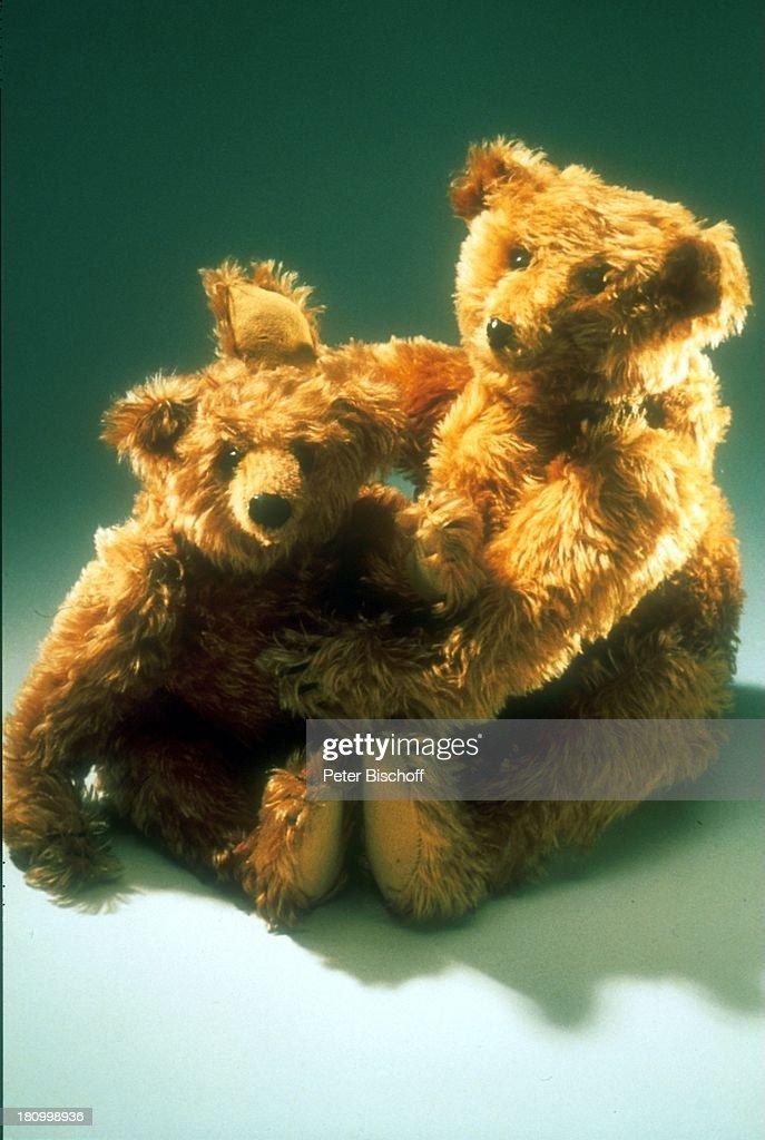100 Jahre Steiff Teddybären 'Bär 28 PB' 'Bär 35 PB' Originale von 1904 Teddys Jubiläum