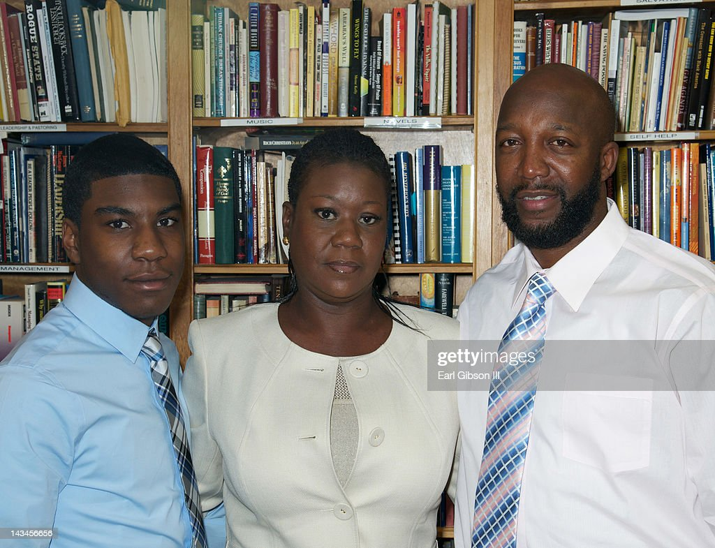 <a gi-track='captionPersonalityLinkClicked' href=/galleries/search?phrase=Jahvaris+Fulton&family=editorial&specificpeople=9127314 ng-click='$event.stopPropagation()'>Jahvaris Fulton</a>, <a gi-track='captionPersonalityLinkClicked' href=/galleries/search?phrase=Sybrina+Fulton&family=editorial&specificpeople=9024062 ng-click='$event.stopPropagation()'>Sybrina Fulton</a> and <a gi-track='captionPersonalityLinkClicked' href=/galleries/search?phrase=Tracy+Martin&family=editorial&specificpeople=9075765 ng-click='$event.stopPropagation()'>Tracy Martin</a> pose for a photo at the NAACP Trayvon Martin Rally in support of their son (L-R) <a gi-track='captionPersonalityLinkClicked' href=/galleries/search?phrase=Jahvaris+Fulton&family=editorial&specificpeople=9127314 ng-click='$event.stopPropagation()'>Jahvaris Fulton</a>, <a gi-track='captionPersonalityLinkClicked' href=/galleries/search?phrase=Sybrina+Fulton&family=editorial&specificpeople=9024062 ng-click='$event.stopPropagation()'>Sybrina Fulton</a> and <a gi-track='captionPersonalityLinkClicked' href=/galleries/search?phrase=Tracy+Martin&family=editorial&specificpeople=9075765 ng-click='$event.stopPropagation()'>Tracy Martin</a> on April 26, 2012 in Los Angeles, California.