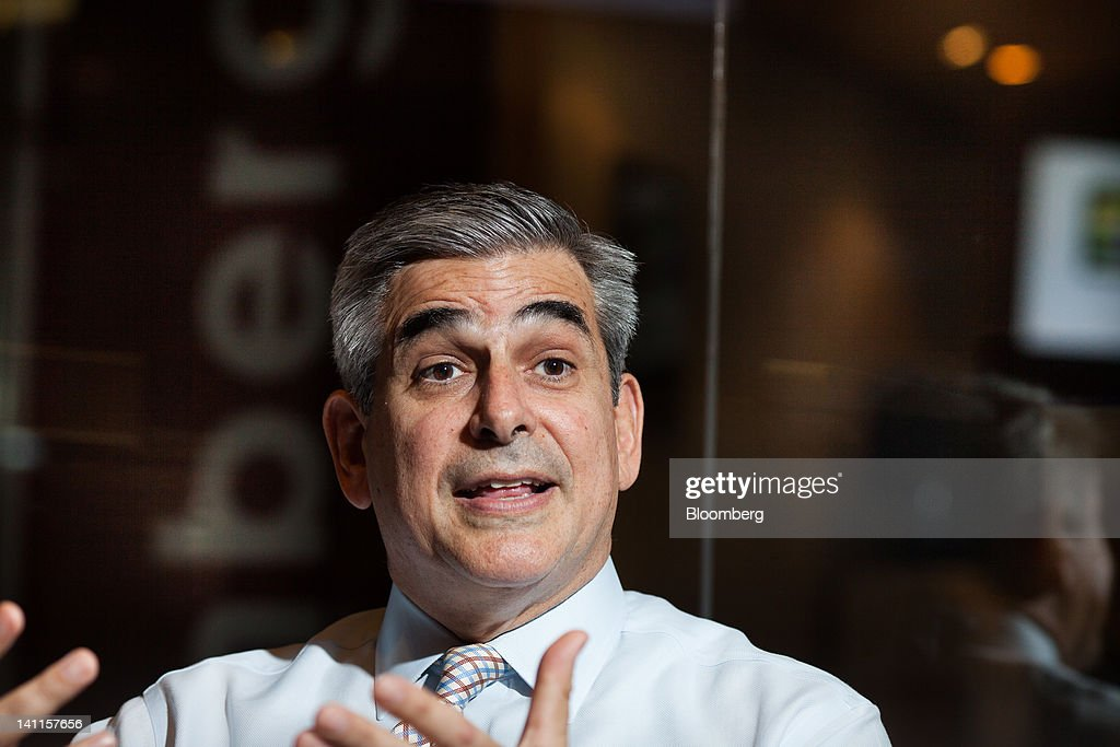 jaime zobel de ayala Jaime augusto zobel de ayala (born 1959) is a filipino businessman he currently serves as chairman and chief executive officer of the ayala corporation h.