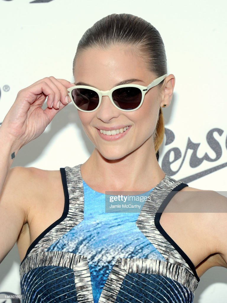 <a gi-track='captionPersonalityLinkClicked' href=/galleries/search?phrase=Jaime+King+-+Actress&family=editorial&specificpeople=206809 ng-click='$event.stopPropagation()'>Jaime King</a> attends Persol Magnificent Obsessions: 30 Stories Of Craftmanship In Film Event at Museum of the Moving Image on June 13, 2012 in the Queens burough of New York City.