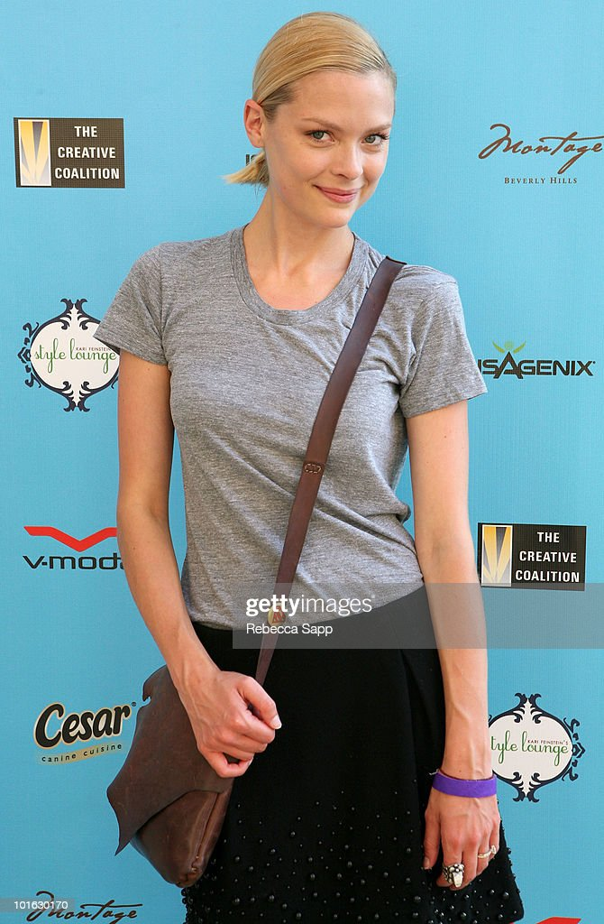 <a gi-track='captionPersonalityLinkClicked' href=/galleries/search?phrase=Jaime+King+-+Actress&family=editorial&specificpeople=206809 ng-click='$event.stopPropagation()'>Jaime King</a> attends the Kari Feinstein MTV Movie Awards Style Lounge held at Montage Beverly Hills on June 4, 2010 in Beverly Hills, California.