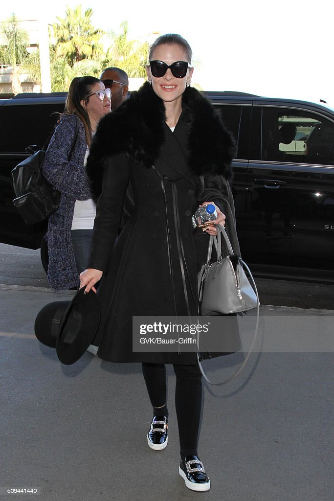 <a gi-track='captionPersonalityLinkClicked' href=/galleries/search?phrase=Jaime+King+-+Actress&family=editorial&specificpeople=206809 ng-click='$event.stopPropagation()'>Jaime King</a> is seen at LAX on February 10, 2016 in Los Angeles, California.