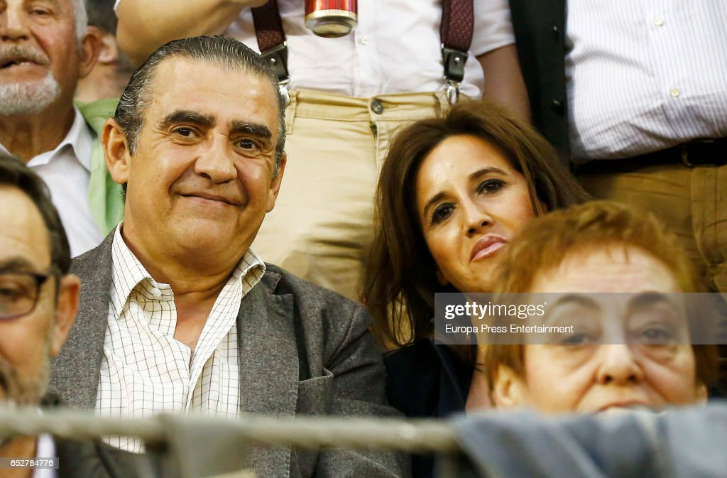Jaime Martinez Bordiu and Marta Fernandez attend the traditional Spring Bullfighting performance on March 11, 2017 in Illescas, Spain.