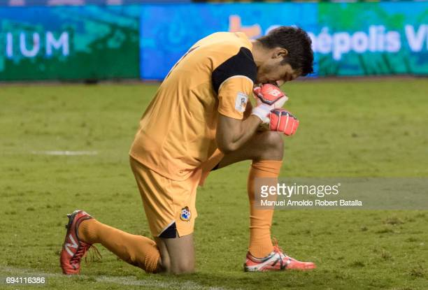 Jaime Penedo goalkeeper of Panama during the match between Costa Rica and Panama as part of the FIFA 2018 World Cup Qualifiers at Estadio Nacional on...