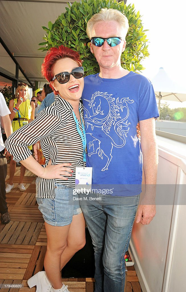 <a gi-track='captionPersonalityLinkClicked' href=/galleries/search?phrase=Jaime+Winstone&family=editorial&specificpeople=834918 ng-click='$event.stopPropagation()'>Jaime Winstone</a> (L) and <a gi-track='captionPersonalityLinkClicked' href=/galleries/search?phrase=Philip+Treacy+-+Fashion+Designer&family=editorial&specificpeople=12819932 ng-click='$event.stopPropagation()'>Philip Treacy</a> attend the Barclaycard UNWIND VIP lounge at British Summer Time Hyde Park presented by Barclaycard on July 13, 2013 in London, England.