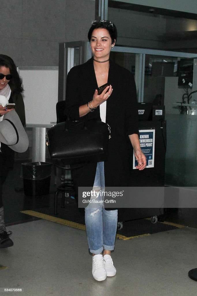 <a gi-track='captionPersonalityLinkClicked' href=/galleries/search?phrase=Jaimie+Alexander&family=editorial&specificpeople=544496 ng-click='$event.stopPropagation()'>Jaimie Alexander</a> is seen at LAX on May 24, 2016 in Los Angeles, California.