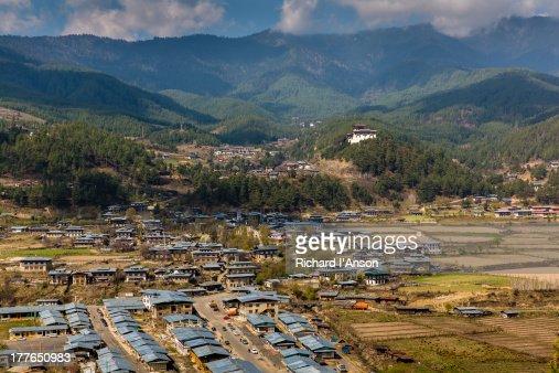 Jakar town & Dzong in the Chokhor Valley