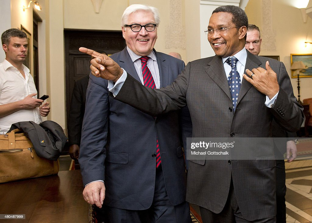 Jakaya Kikwete, Praesident of Tanzania, (R) meets with German Foreign Minister Frank-Walter Steinmeier on March 25, 2014 in Daressalam, Tanzania. During his trip to eastern Africa Steinmeier visits Ethiopia, Tanzania and Angola.