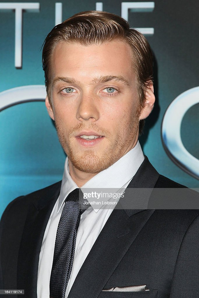 <a gi-track='captionPersonalityLinkClicked' href=/galleries/search?phrase=Jake+Abel&family=editorial&specificpeople=4684398 ng-click='$event.stopPropagation()'>Jake Abel</a> attends the 'The Host' - Los Angeles Premiere at ArcLight Cinemas Cinerama Dome on March 19, 2013 in Hollywood, California.