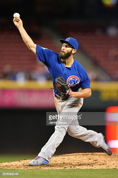 Jake Arrieta of the Chicago Cubs pitches in the sixth inning against the Cincinnati Reds at Great American Ball Park on April 21 2016 in Cincinnati...