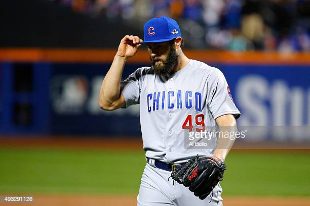 Jake Arrieta of the Chicago Cubs reacts in the first inning against the New York Mets during game two of the 2015 MLB National League Championship...