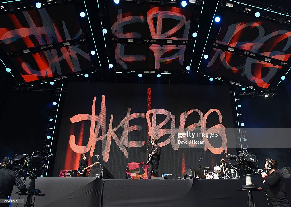 <a gi-track='captionPersonalityLinkClicked' href=/galleries/search?phrase=Jake+Bugg&family=editorial&specificpeople=9148742 ng-click='$event.stopPropagation()'>Jake Bugg</a> performs during day 1 of BBC Radio 1's Big Weekend at Powderham Castle on May 28, 2016 in Exeter, England.