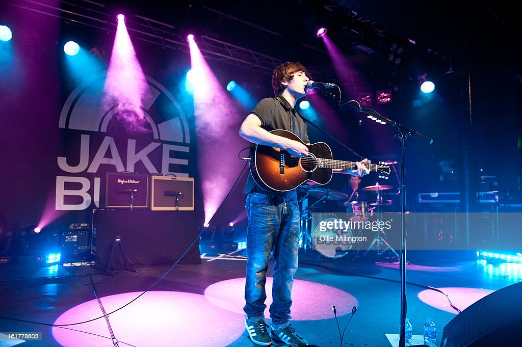 <a gi-track='captionPersonalityLinkClicked' href=/galleries/search?phrase=Jake+Bugg&family=editorial&specificpeople=9148742 ng-click='$event.stopPropagation()'>Jake Bugg</a> performs on stage in his hometown at Rock City on February 15, 2013 in Nottingham, England.