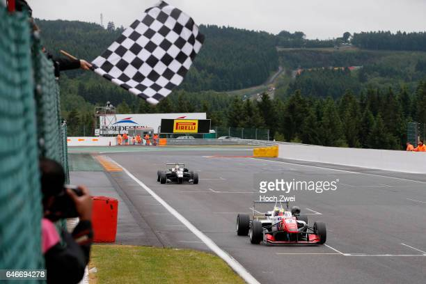 2 Jake Dennis 7 Charles Leclerc FIA Formula 3 European Championship round 5 race 3 SpaFrancorchamps 19 21 June 2015