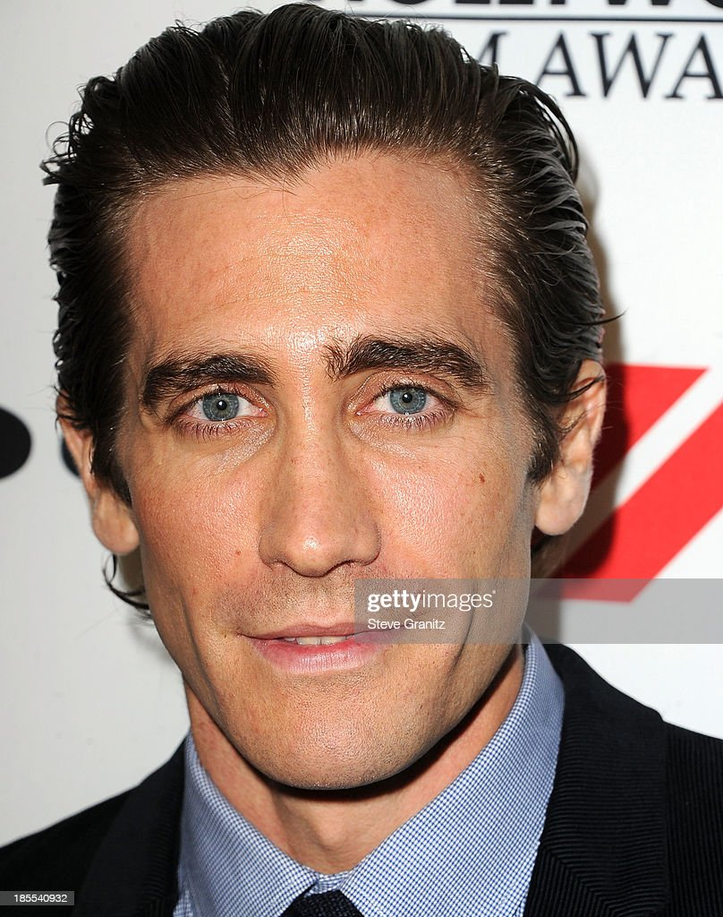 <a gi-track='captionPersonalityLinkClicked' href=/galleries/search?phrase=Jake+Gyllenhaal&family=editorial&specificpeople=201833 ng-click='$event.stopPropagation()'>Jake Gyllenhaal</a> poses at the 17th Annual Hollywood Film Awards at The Beverly Hilton Hotel on October 21, 2013 in Beverly Hills, California.