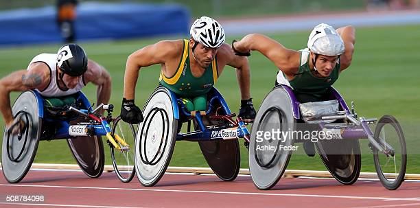 Jake Lappin leads ahead of Kurt Fearnley and Richard Nicholson during the IPC Athletics Grand Prix on February 6 2016 in Canberra Australia