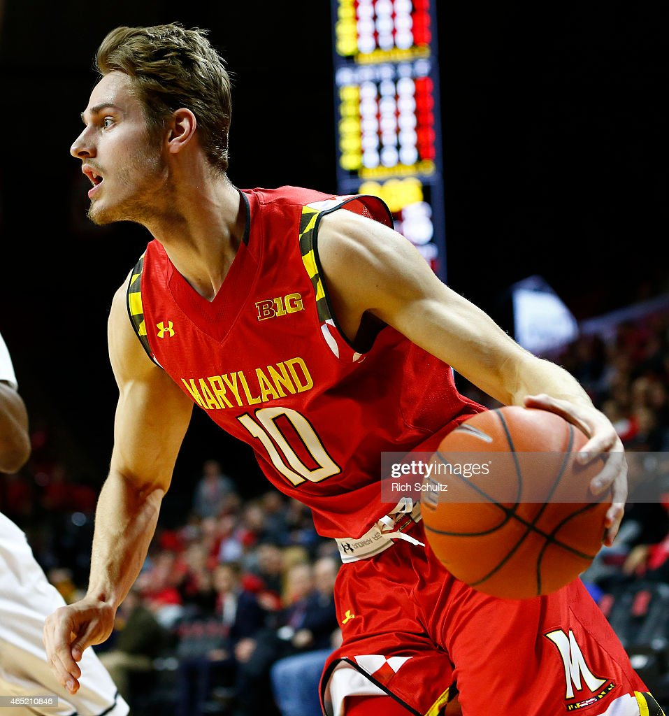 <a gi-track='captionPersonalityLinkClicked' href=/galleries/search?phrase=Jake+Layman&family=editorial&specificpeople=9973489 ng-click='$event.stopPropagation()'>Jake Layman</a> #10 of the Maryland Terrapins in action against the Rutgers Scarlet Knights during the first half of a college basketball game against the Rutgers Scarlet Knights at the Rutgers Athletic Center on March 3, 2015 in Piscataway, NJ. Maryland defeated Rutgers 60-50.