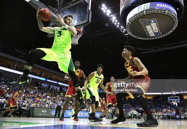Jake Lindsey of the Baylor Bears saves the ball from going outofbounds against the USC Trojans during the second round of the 2017 NCAA Men's...
