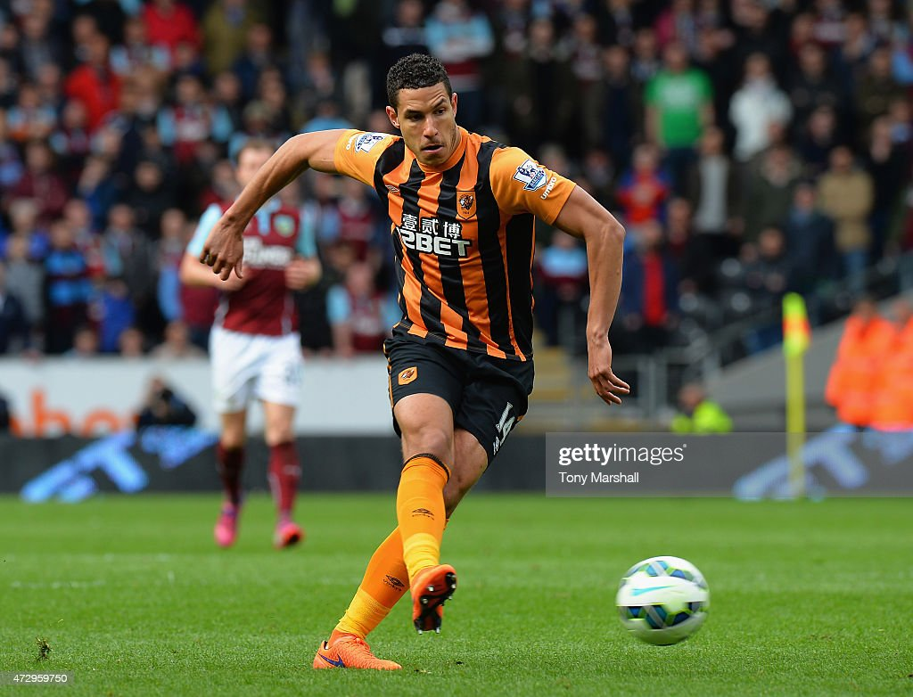 <a gi-track='captionPersonalityLinkClicked' href=/galleries/search?phrase=Jake+Livermore&family=editorial&specificpeople=5985311 ng-click='$event.stopPropagation()'>Jake Livermore</a> of Hull City during the Barclays Premier League match between Hull City and Burnley at KC Stadium on May 9, 2015 in Hull, England.