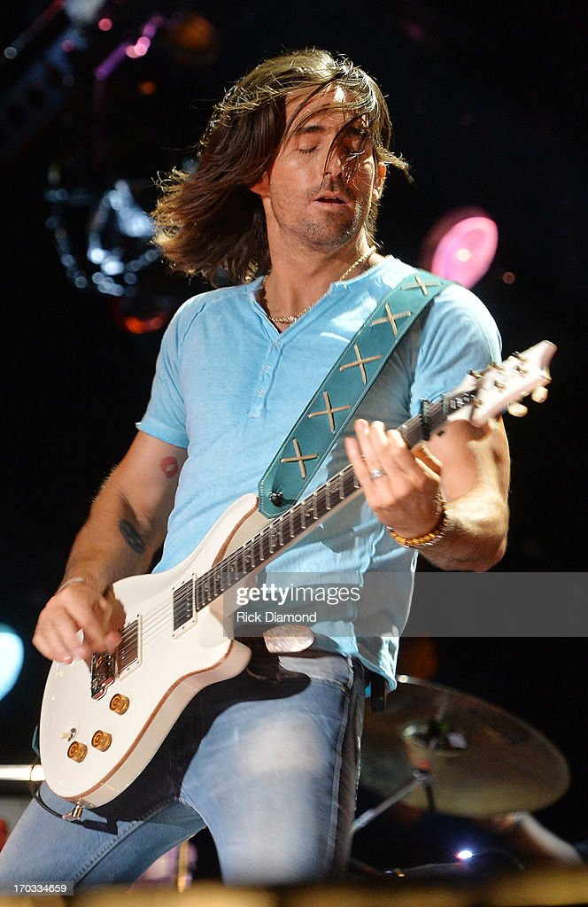 Jake Owen performs during the 2013 CMA Music Festival on June 9, 2013 in Nashville, Tennessee.