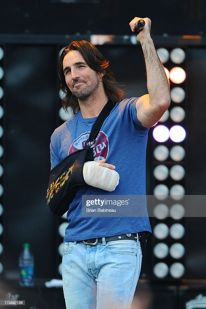 <a gi-track='captionPersonalityLinkClicked' href=/galleries/search?phrase=Jake+Owen&family=editorial&specificpeople=619166 ng-click='$event.stopPropagation()'>Jake Owen</a> performs during the Night Train Tour 2013 at Fenway Park on July 20, 2013 in Boston, Massachusetts.