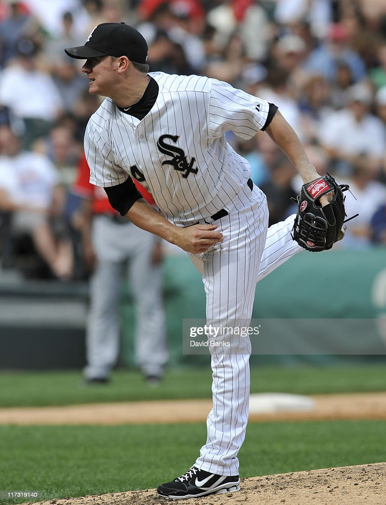 <a gi-track='captionPersonalityLinkClicked' href=/galleries/search?phrase=Jake+Peavy&family=editorial&specificpeople=211320 ng-click='$event.stopPropagation()'>Jake Peavy</a> # 44 of the Chicago White Sox pitches in relief against the Washington Nationals on June 25, 2011 at U.S. Cellular Field in Chicago, Illinois.