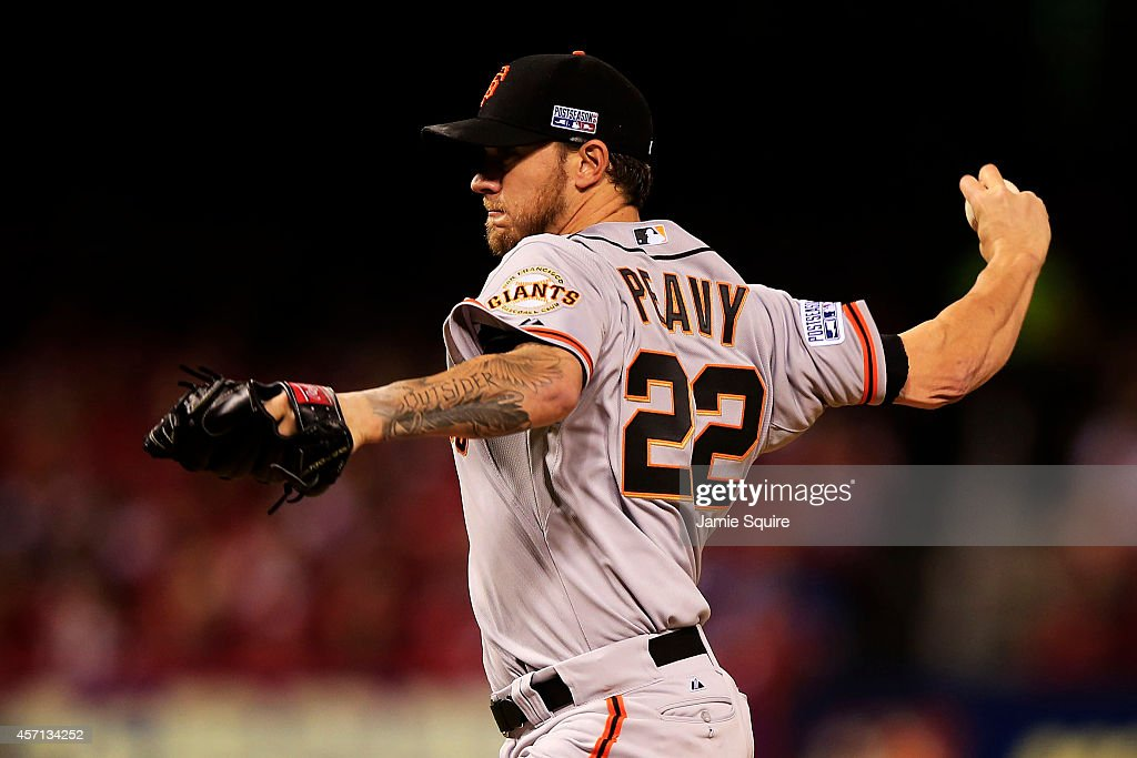 <a gi-track='captionPersonalityLinkClicked' href=/galleries/search?phrase=Jake+Peavy&family=editorial&specificpeople=211320 ng-click='$event.stopPropagation()'>Jake Peavy</a> #22 of the San Francisco Giants pitches in the first inning against the St. Louis Cardinals during Game Two of the National League Championship Series at Busch Stadium on October 12, 2014 in St Louis, Missouri.