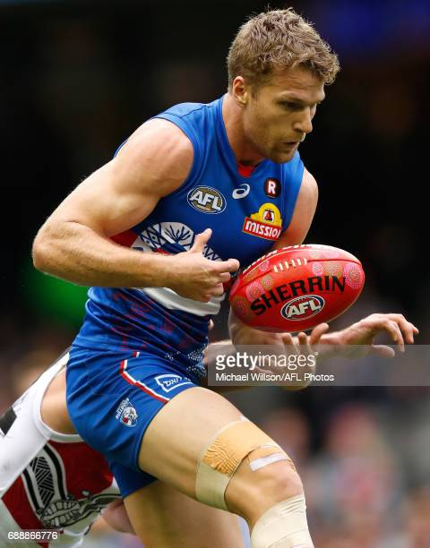 Jake Stringer of the Bulldogs marks the ball during the 2017 AFL round 10 match between the Western Bulldogs and the St Kilda Saints at Etihad...