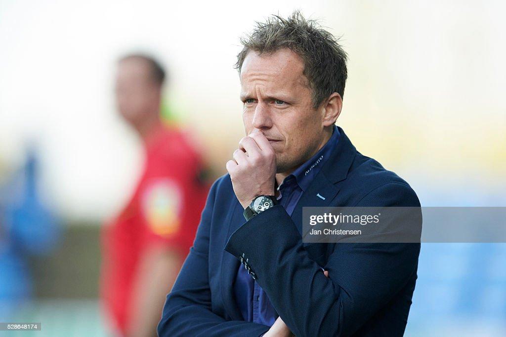 Jakob Michelsen, head coach of SonderjyskE looks on during the Danish Alka Superliga match between SonderjyskE and Esbjerg fB at Sydbank Park on May 06, 2016 in Haderslev, Denmark.