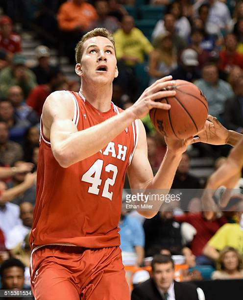 Jakob Poeltl of the Utah Utes drives to the basket against the Oregon Ducks during the championship game of the Pac12 Basketball Tournament at MGM...