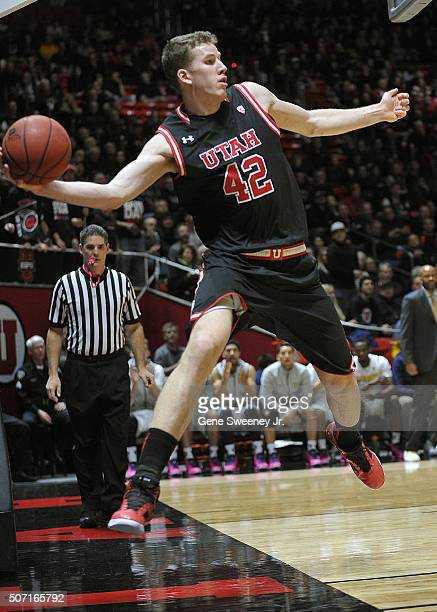 Jakob Poeltl of the Utah Utes saves a ball from going out of bounds in the first half against the California Golden Bears at the Jon M Huntsman...