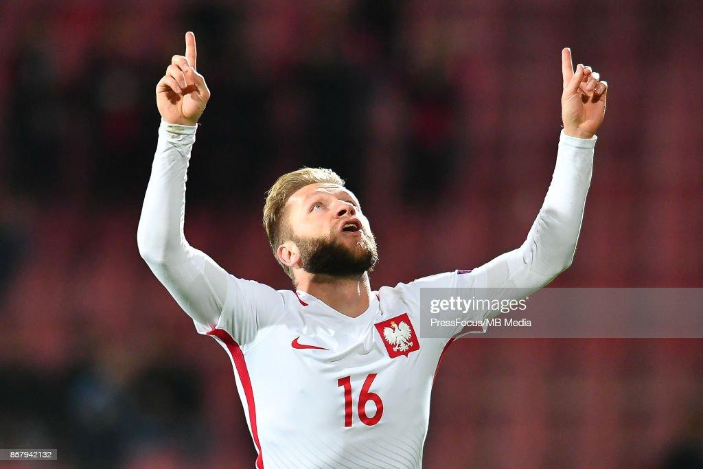 Jakub Blaszczykowski celebrates scoring a goal during the FIFA 2018 World Cup Qualifier between Armenia and Poland on October 5, 2017 in Yerevan, Armenia.