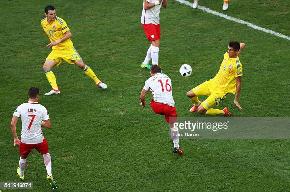 Jakub Blaszczykowski of Poland scores his team's first goal during the UEFA EURO 2016 Group C match between Ukraine and Poland at Stade Velodrome on...