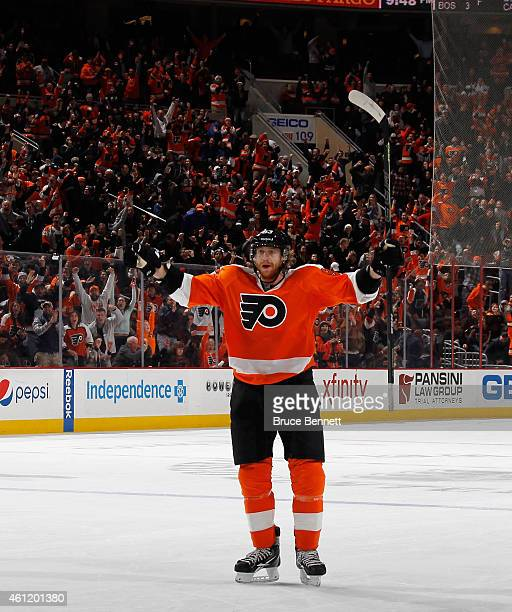 Jakub Voracek of the Philadelphia Flyers celebrates his game winning goal at 128 of overtime against the Washington Capitals at the Wells Fargo...