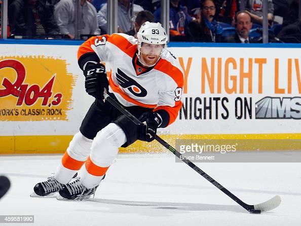 Jakub Voracek of the Philadelphia Flyers skates against the New York Islanders at the Nassau Veterans Memorial Coliseum on November 24 2014 in...