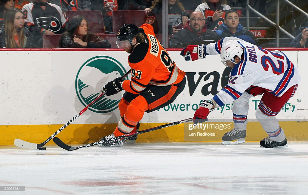 <a gi-track='captionPersonalityLinkClicked' href=/galleries/search?phrase=Jakub+Voracek&family=editorial&specificpeople=4111797 ng-click='$event.stopPropagation()'>Jakub Voracek</a> #93 of the Philadelphia Flyers skates the puck against <a gi-track='captionPersonalityLinkClicked' href=/galleries/search?phrase=Brian+Boyle+-+Hockey+sur+glace&family=editorial&specificpeople=8986264 ng-click='$event.stopPropagation()'>Brian Boyle</a> #22 of the New York Rangers on February 6, 2016 at the Wells Fargo Center in Philadelphia, Pennsylvania.