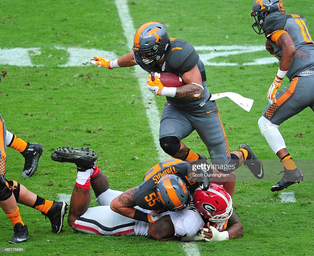 Jalen Hurd of the Tennessee Volunteers carries the ball against the Georgia Bulldogs on October 10 2015 at Neyland Stadium in Knoxville Tennessee