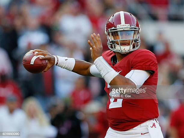 Jalen Hurts of the Alabama Crimson Tide looks to pass against the Auburn Tigers at BryantDenny Stadium on November 26 2016 in Tuscaloosa Alabama