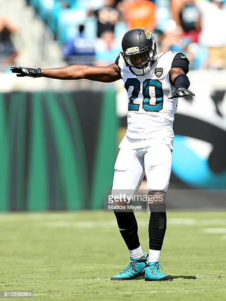 Jalen Ramsey of the Jacksonville Jaguars against the Baltimore Ravens at EverBank Field on September 25 2016 in Jacksonville Florida