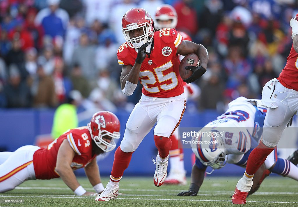 Jamaal Charles #25 of the Kansas City Chiefs carries the ball during NFL game action against the Buffalo Bills at Ralph Wilson Stadium on November 3, 2013 in Orchard Park, New York.