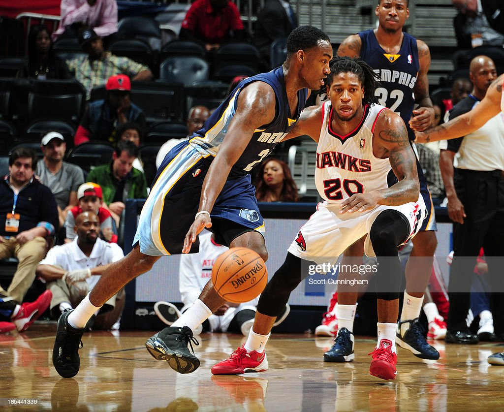 <a gi-track='captionPersonalityLinkClicked' href=/galleries/search?phrase=Jamaal+Franklin&family=editorial&specificpeople=7486326 ng-click='$event.stopPropagation()'>Jamaal Franklin</a> #22 of the Memphis Grizzlies against the Atlanta Hawks on October 20, 2013 at Philips Arena in Atlanta, Georgia.