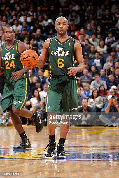 Jamaal Tinsley of the Utah Jazz dribbles the ball up the court against the Golden State Warriors on February 2 2012 at Oracle Arena in Oakland...