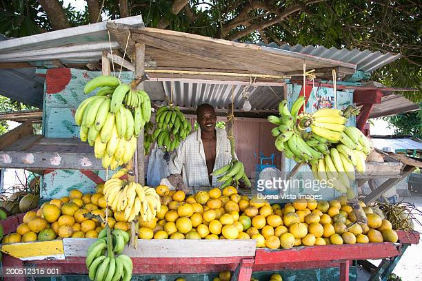 Jamaica, Annotto Bay, fruit vendor